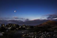 Måne över El Barranco de Tenegà ¼ime Royaltyfri Foto