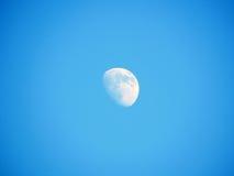 Måne på blå himmel Royaltyfri Fotografi
