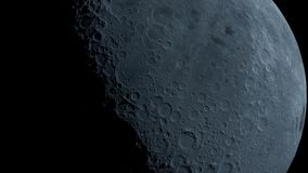 Månen i mörker på Israel den Negev öknen arkivbilder