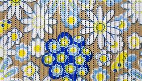 Mång- blom- tryck på Rubber textur Arkivbilder