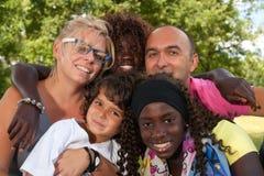 Mång- etnic familj Royaltyfri Fotografi
