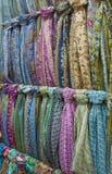 Mång--färgade scarfs Royaltyfri Fotografi