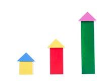 Mång--färgrika träkubbyggnadskvarter Idérika träleksaker för konstruktion Användbara leksaker för barn Arkivbild