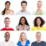 Mång--person som tillhör en etnisk minoritet grupp människor som uttrycker Positivity arkivbild