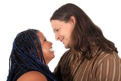 mång- race för par Fotografering för Bildbyråer