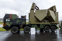 mång- radar för beskickning 3D på basen av medelMANNEN SX45 av det företagsDiehl försvaret Royaltyfri Bild