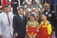 Mång--Ras- deltagare i veteran dag Royaltyfri Bild