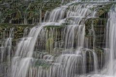 mång- vatten för fasetterade falls Arkivbild