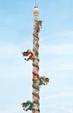 många drake pelarspiral Royaltyfri Foto