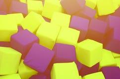 Många färgrika mjuka kvarter i en kids& x27; ballpit på en lekplats Royaltyfria Foton