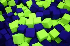 Många färgrika mjuka kvarter i en kids& x27; ballpit på en lekplats Royaltyfri Fotografi