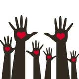 Många händer med hjärta upp över blå bakgrund Vektorillustration med hjärtaemblemsymbolen för utbildning, hälsovård, läkarundersö stock illustrationer