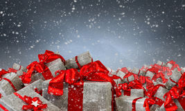 Många julpackar Blandat massmedia Royaltyfri Fotografi