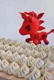 Många klimpar och röd häst Royaltyfria Foton