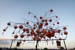Många lyktor på den kinesiska templet i Hoi An, Vietnam Arkivbild