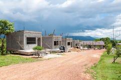 Många nytt hus under konstruktion Arkivbild
