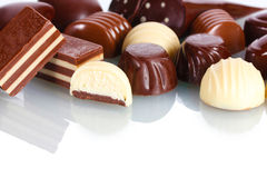 Många olik chokladgodis Fotografering för Bildbyråer