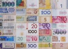 många pengar Arkivfoto