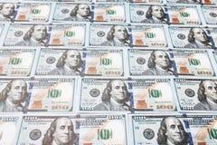 Många räkningar av 100 dollar, amerikansk sedel, bakgrund av pengar, kontant valutanärbild, framsidan för president` s Fotografering för Bildbyråer