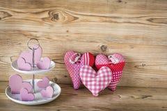 Många rosa hjärtor Arkivbild