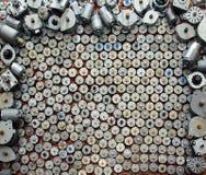 Många små motorer från gammal datorutrustning arkivfoto