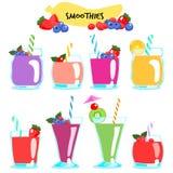 Många sort av sunda och läckra smoothies Fotografering för Bildbyråer