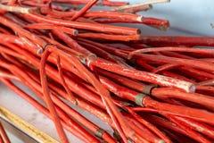 Många spanar Staff eller spanar Thumb Stick, den röda träpinnen Pole för S royaltyfri bild