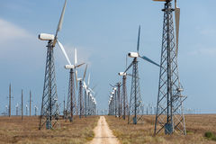 Många vindturbiner Fotografering för Bildbyråer