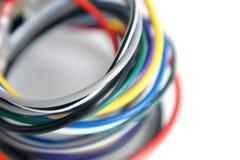 mångfärgad kabeldator Arkivbild
