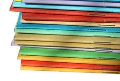 mångfärgade broschyrer Arkivbild