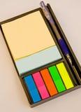 mångfärgat block för memo royaltyfria foton