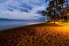 Månsken på den Kanapali stranden, Hawaii Arkivbilder