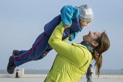 Mère avec l'enfant Photo stock