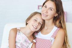 Mère avec sa fille Images libres de droits