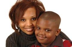 Mère d'Afro-américain et ainsi Photo libre de droits