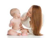 Mère de famille et bébé heureux d'enfant Images libres de droits