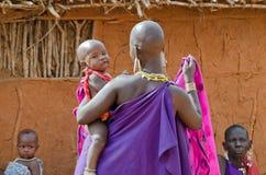 Mère de masai image libre de droits