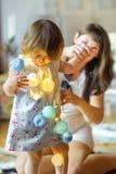 Mère ensemble dans la petite fille Image stock