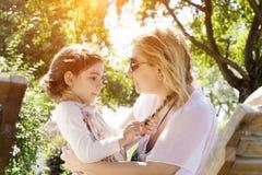 Mère et Daugter Photographie stock libre de droits