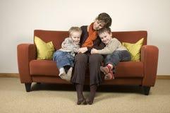 Mère et deux fils 4 Image libre de droits
