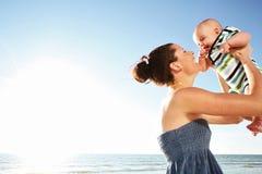 Mère et enfant. Photographie stock libre de droits
