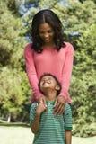 Mère et fils. Images stock