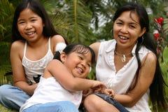 Mère et gosses Photographie stock libre de droits
