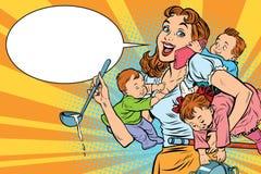 Mère gaie avec travailler de trois enfants illustration libre de droits