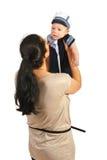 Mère jouant avec son bébé Images stock