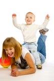 Mère jouant avec son fils Photo libre de droits