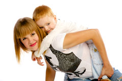 Mère jouant avec son fils Images libres de droits