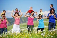 Mères avec des enfants Image libre de droits