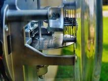 Mètre électrique à la maison photographie stock libre de droits