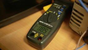 Mètre électrique de tension banque de vidéos